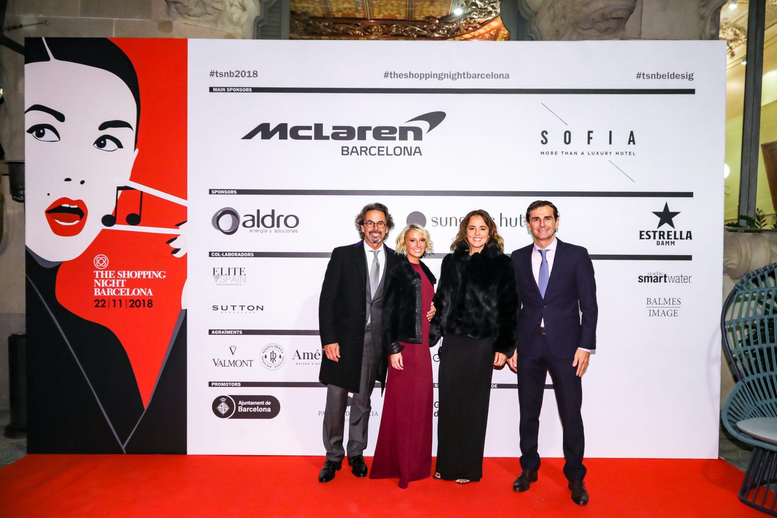 BL1A0859 scaled McLaren Barcelona en la Shopping Night
