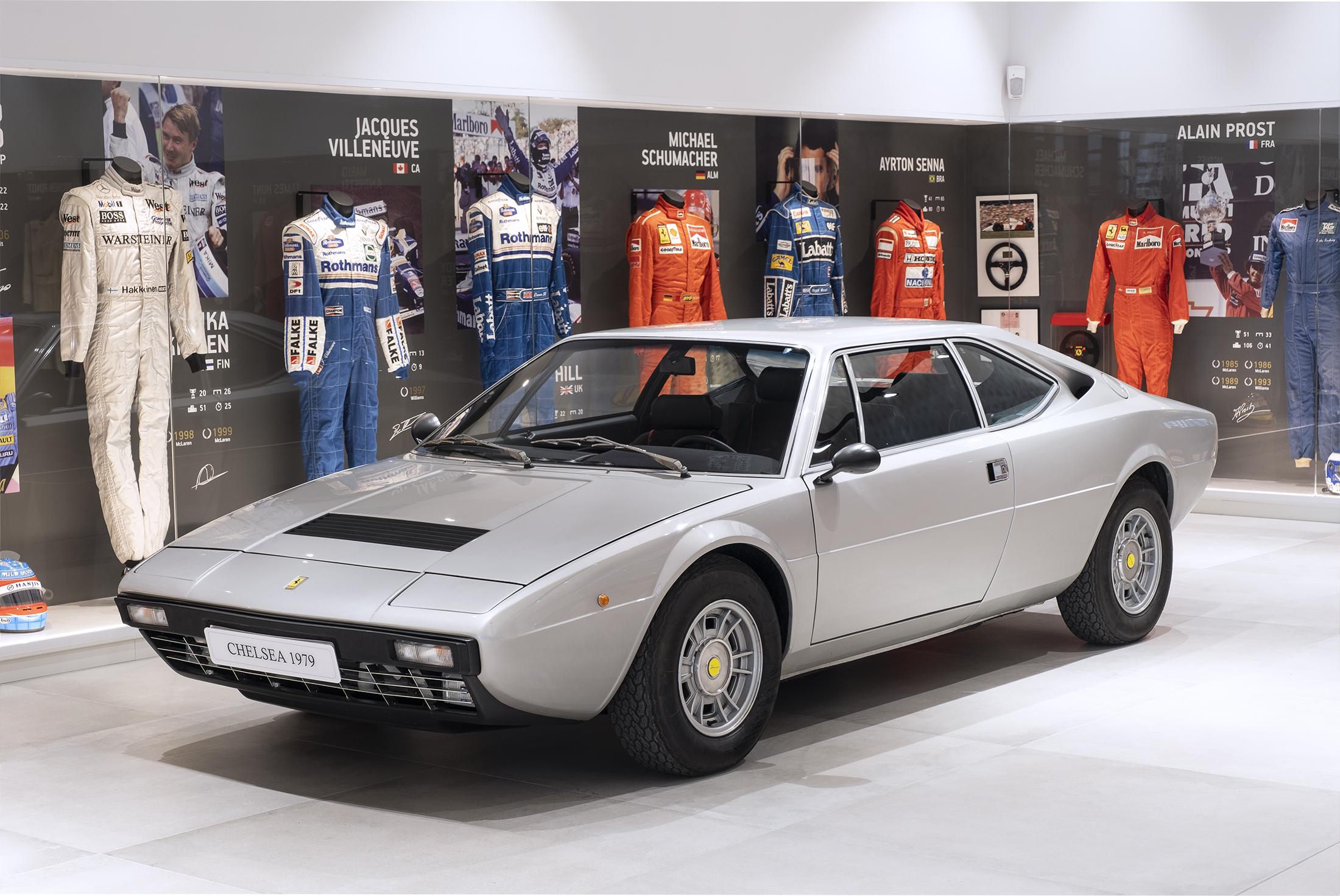 Ferrari DIno 308gt4 02 1 Ferrari Dino