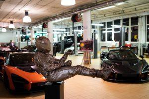 McLaren 190506 207 Presentation Paul Oz - SCULPTURE AND PORTRAITS SENNA