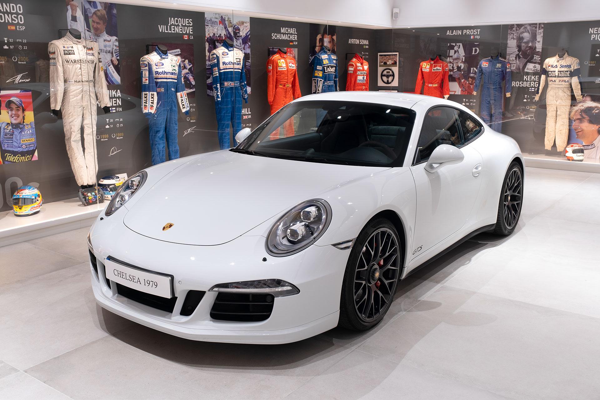 DSCF0150 Porsche 911 CARRERA 4GTS